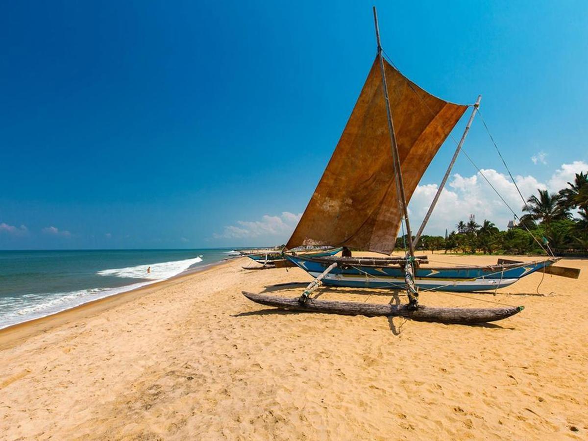 Negombo Beach Day 1 Sri Lanka Tour