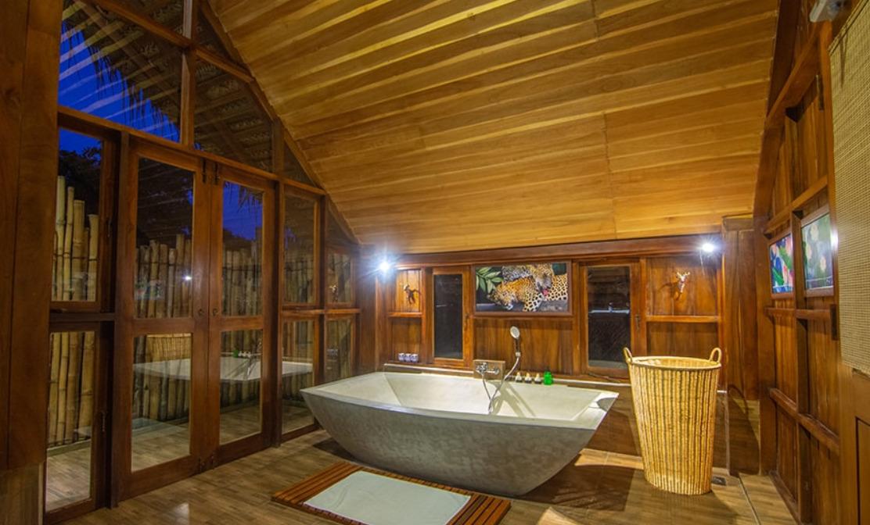 wilpattu thamara villa luxury tent bathroom