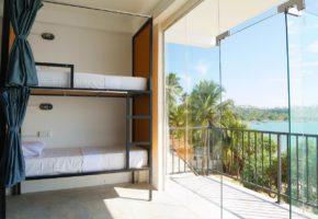 Satori Beach Hostel Mirissa Dorm Balcony