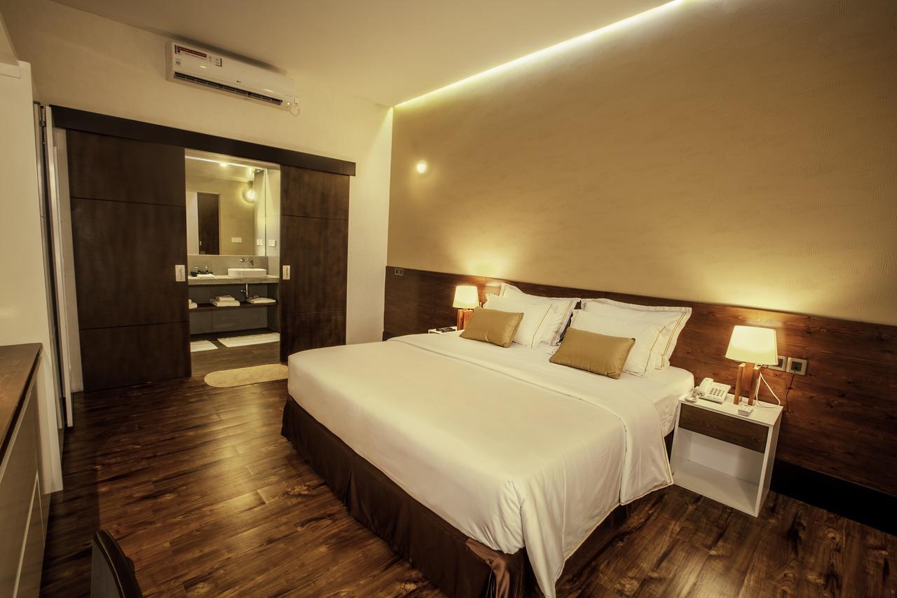 Sevana City Hotel Kandy Bedroom