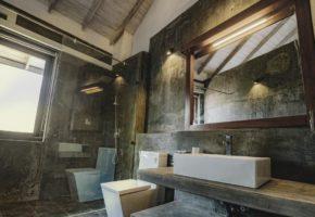 ayur ayur retreat negombo-bathrooms
