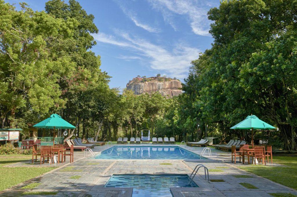 sigiriya hotel luxury hotel