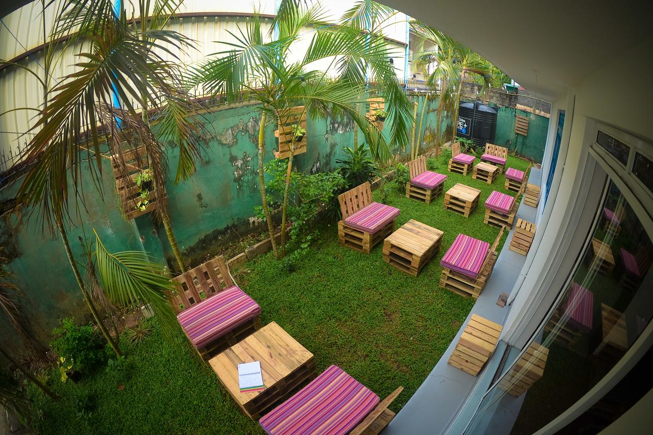 colombo groove house hostel outdoor