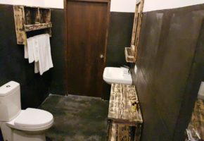 il-frangipane-hotel-sigiriya-sri-lanka-bathroom