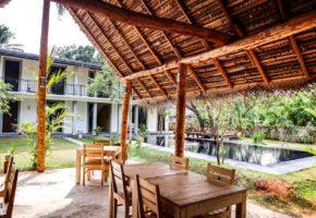 il-frangipane-hotel-sigiriya-sri-lanka-garden