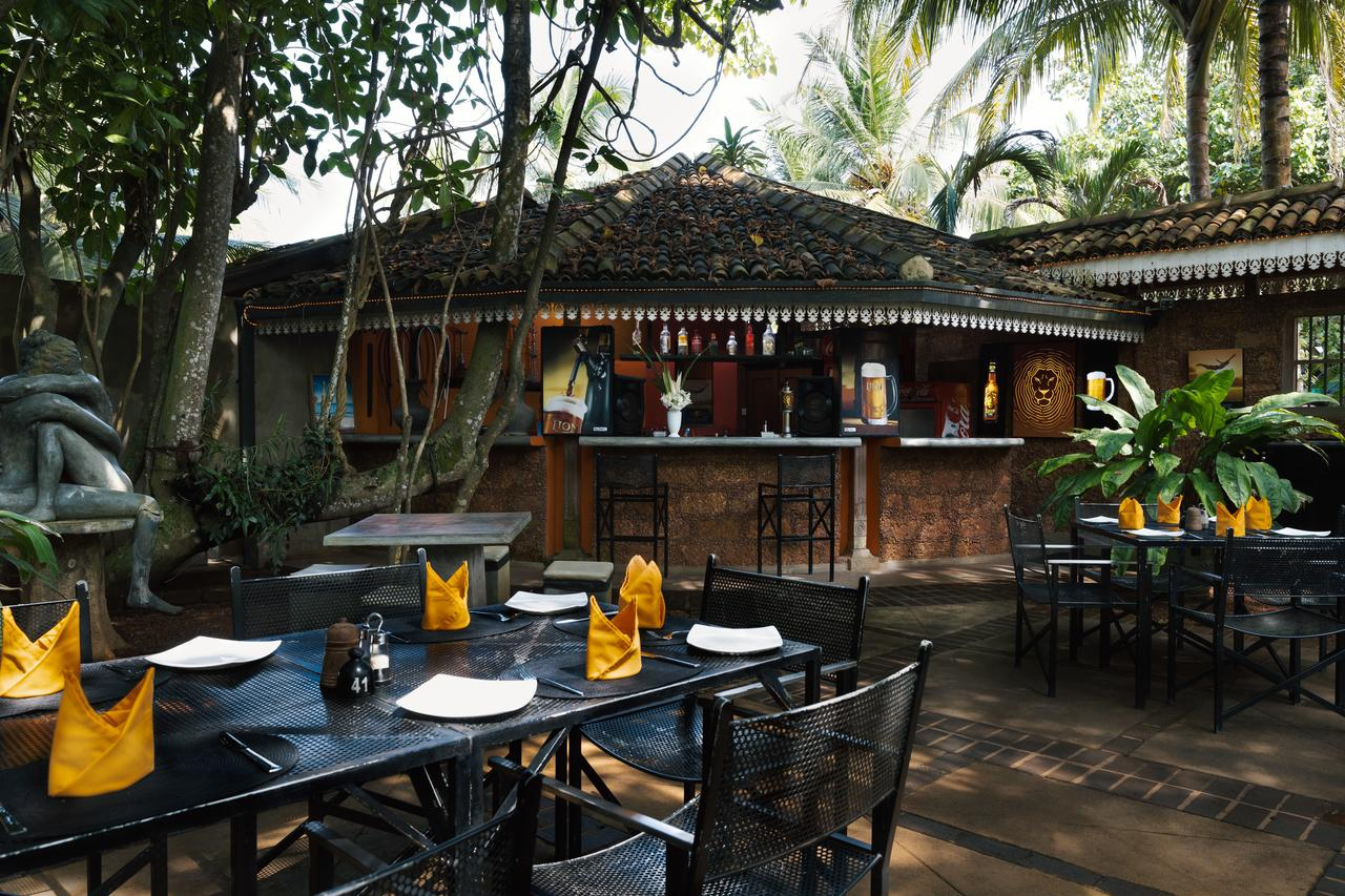 amal beach hotel restaurant